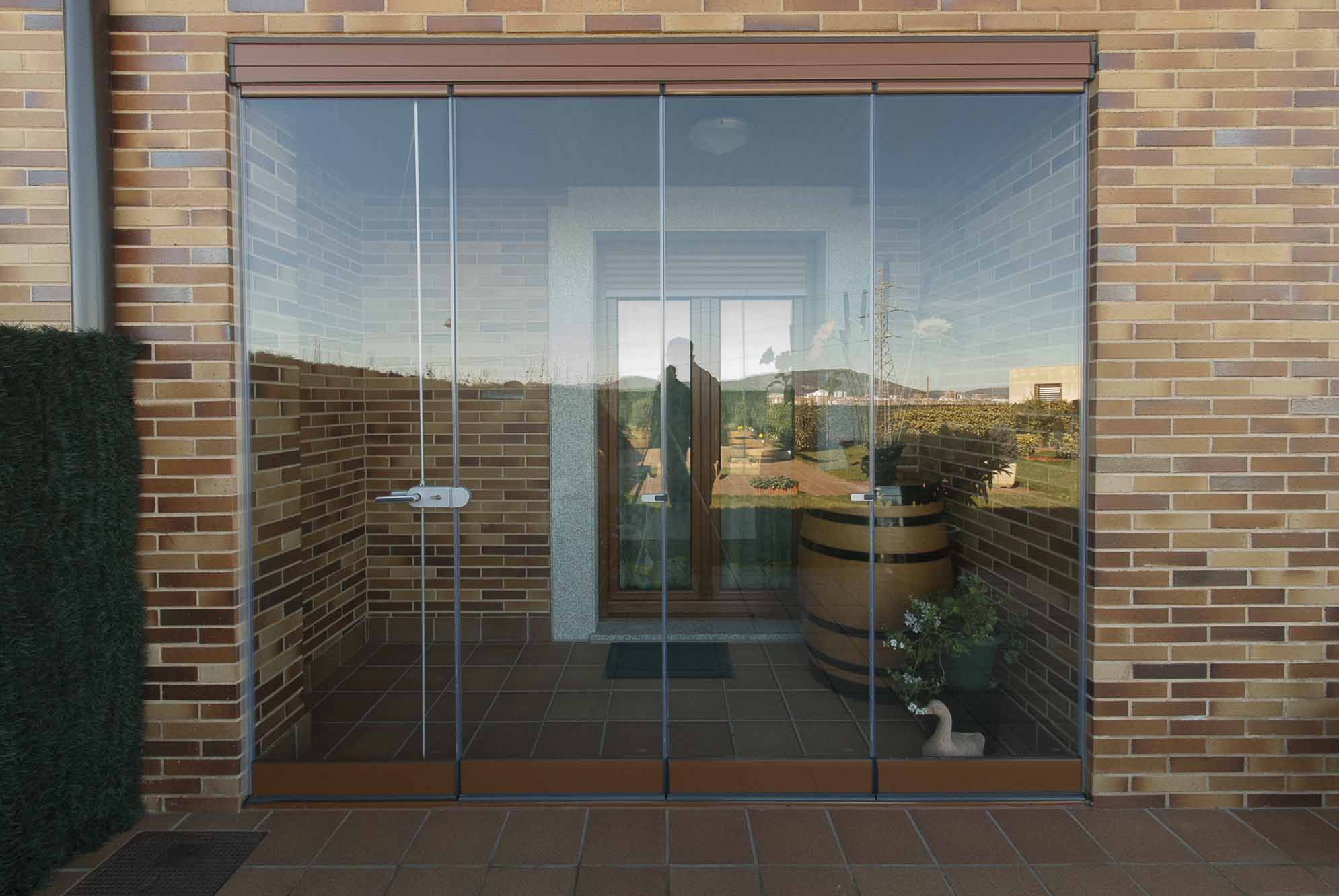 12 cerramiento de terraza con cortinas de cristal for Cerramiento terraza cristal precio
